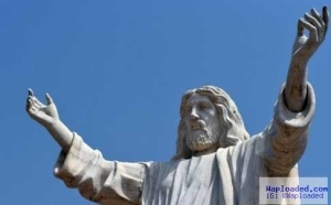 """Jesus De Greatest"" Statue Commissioned On New Year's Day"